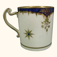 Worcester Mug with Blue Band and Gilt Scrolls -- and a Rare Handle c.1790, Flight Period