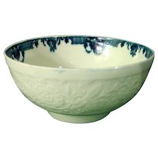 Dr. Wall Worcester Bowl from a Tea Service Molded with Chrysanthemums and Vines c.1770