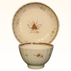 Pearlware Fluted Teabowl and Saucer in Chinese Export Style c.1785.