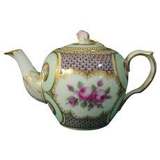 Very Rare Royal Copenhagen Antique 18th Century Porcelain Teapot c.1775.
