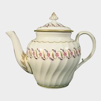 Worcester Teapot C.1790 or ??? (Unusual Mark)