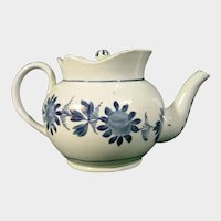 Pearlware Globular Teapot with Flower Decoration Early 19thc.