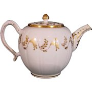 18th Century Caughley Spherical Porcelain Teapot with Gilt Festoons of Leaves c.1780.