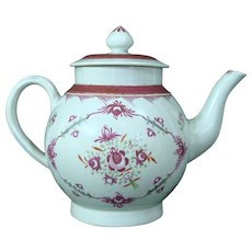 Antique Leeds-Type Pearlware Teapot with Polychrome Flower Bouquets c.1780-1800.