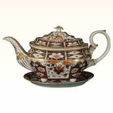 Derby teapot and tray, Rich Imari Pattern 2451, c1820.
