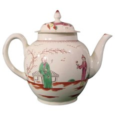 18th Century Pennington Liverpool Porcelain Teapot Smoker's Valet Chinoiseries Pattern Near Perfect c.1780.