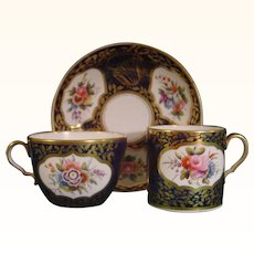 Splendid Antique Spode Pattern 1709 Trio with Flower Reserves C1820