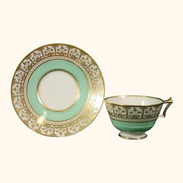Worcester (Flight, Barr & Barr Period) Cup & Saucer with Green Ground C.1825.