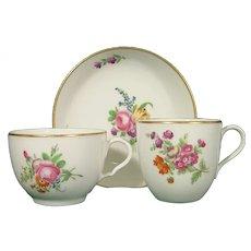 Old Paris Courtille Trio: Tea Cup, Coffee Cup & Saucer c1775
