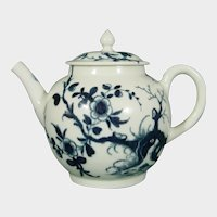 Very Small Worcester Prunus Root Teapot c1755 Antique Porcelain