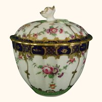 Worcester Sugar Bowl or Sucrier with Opulent Decoration in French Style C1778.