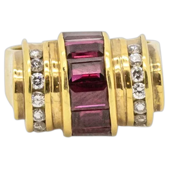 Vintage Signed LAGOS 18k Yellow Gold Ruby and Diamond Barrel Style Ring, Size 6 1/2.
