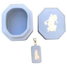 "Vintage ""Wedgwood Pendant with Lidded Box"" England, ca. 1969-1980s"