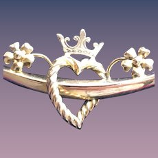 Crown Heart Crescent Pendant in 9CT Gold