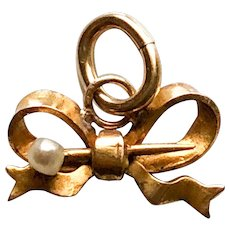10KT Solid Gold Bow Pendant w/ Cultured Pearl