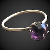 Purple Paste Stone Solitare Ring in 10KT Gold