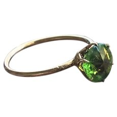 Green Paste Solitare Ring in 10KT Gold