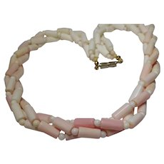 Natural Un-dyed Angel Skin Color Coral Bead Strand Necklace 1950's Clasp