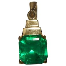 Colombian Emerald Pendant 18 k 2.00 carats