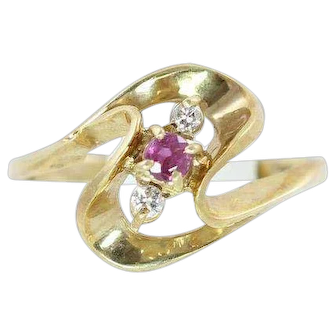 Modernist Ruby and Diamond Ring 14k Yellow Gold Size 6 3/4