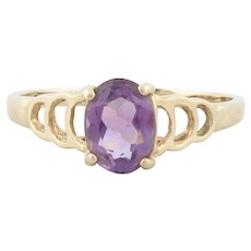 10k Yellow Gold Purple Amethyst Ring Size 8 1/2