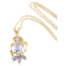 14k Yellow Gold Natural Light Blue Sapphire Pendant Necklace  18 inch chain
