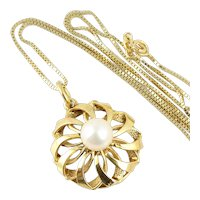 14k Yellow Gold Pearl Necklace 18 inch Chain