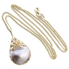 14k Yellow Gold Mabe Pearl Plumeria Necklace 24 1/2 inch chain