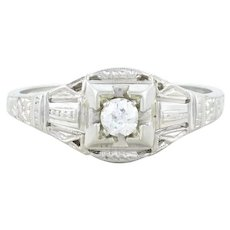 18k White Gold Diamond Art Deco Ring Size 7 1/4