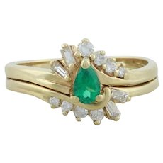 10k Yellow Gold Natural Emerald and Diamond Ring Size 5 3/4