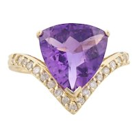 14k Yellow Gold Amethyst and Diamond Ring Size 6