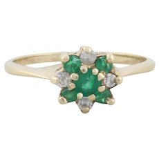 10k Yellow Gold Natural Green Emerald and Diamond Ring Size 6 3/4