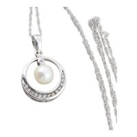 10k White Gold Freshwater Pearl and Diamond Necklace 18 inch chain