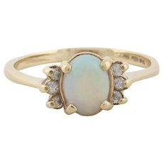 10k Yellow Gold Opal and Diamond Ring Size 9