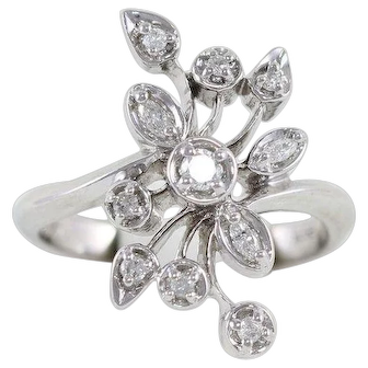 Diamond Ring 10k White Gold Size 7
