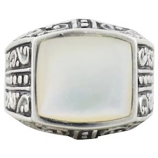 Sterling Silver Mother of Pearl Ring Size 7 1/4