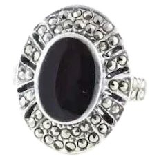 Sterling Silver Onyx and Marcasite Ring Size 7 3/4