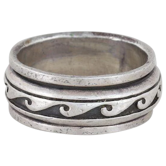 Mens Sterling Silver Spinner Wave Band Ring Size 8 1/4