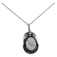 Sterling Silver Mother of Pearl Necklace 18 inch chain
