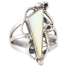 Sterling Silver Mother of Pearl Ring Size 6 1/2