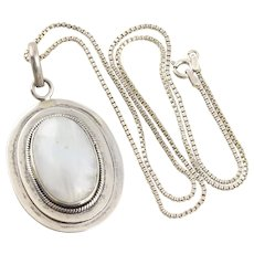 Sterling silver Large Moonstone Necklace 20 inch Box chain