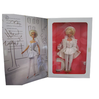"Mattel Barbie Vintage Barbie Classique ""Uptown Chic Barbie"" Doll ~ Mint ~ NRFB"