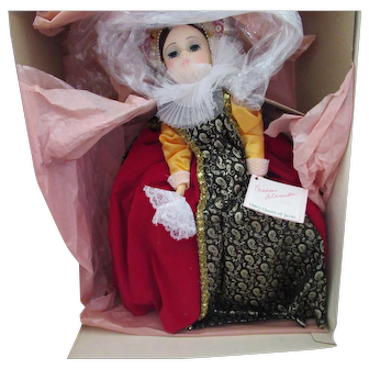 "Madame Alexander Queen of Scots 21"" doll in Original Box"