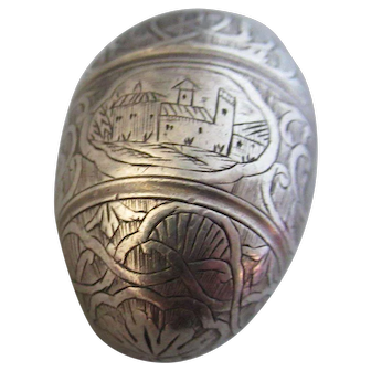 Antique Sterling Silver Engraved Egg ~ Screws Open