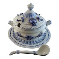 Beautiful Italian Faience Majolica Soup Tureen with Ladle