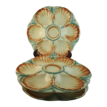 Set of 3 Sarreguemines French Majolica Oyster Plates, circa 1880