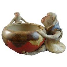 Sumida Gawa Japanese Pottery Bowl with Monkeys
