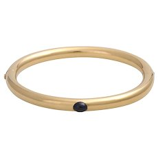 Solid 18K Gold Hinged Bangle Bracelet with Sapphire
