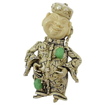 A Vintage 1960s Smiling Chinaman Brooch Pin Signed HAR, Book Piece