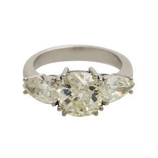 Vintage 1940s 2.93 ct Old Mine Cushion Cut Diamond Platinum Solitaire Engagement Ring